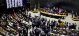 Câmara não autoriza processo contra Temer e dois ministros